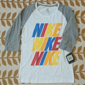 NWT Nike 3/4 sleeve white&grey shirt